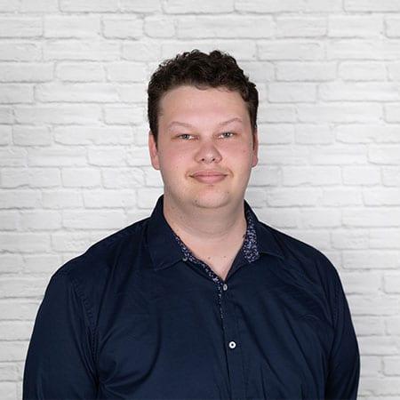 Tom Hore<br><h6>Client Services<h6>